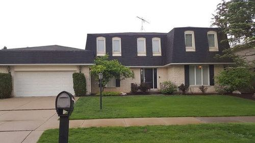 Mansard Roofs – Pros and Cons